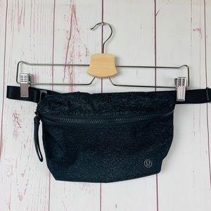 Lululemon Women's Fanny Pack Black One Size